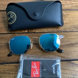Unisex Ray-Ban Hexagonal Sunglasses
